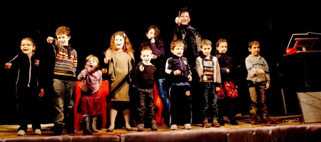 arbre de noel – spectacle enfant – animation enfant – spectacles pour enfants – spectacle de noel – spectacle enfant lyon